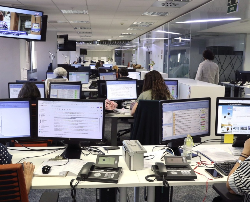 Becas para formar a periodistas en Responsabilidad Social Corporativa - Fundacion Sando